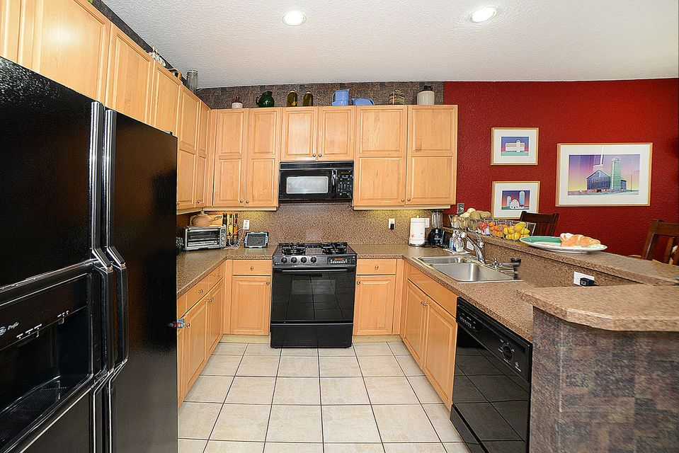 Kitchen with Gas Appliances