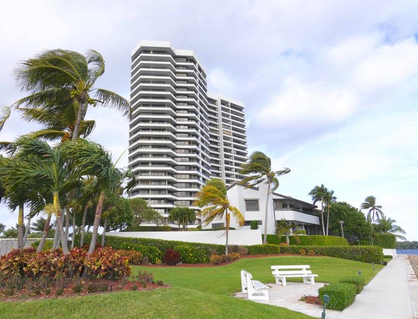 100 Lakeshore Drive 454  North Palm Beach FL 33408