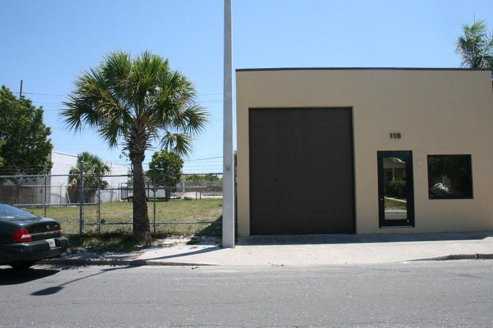 118 S F Street, Lake Worth, FL 33460