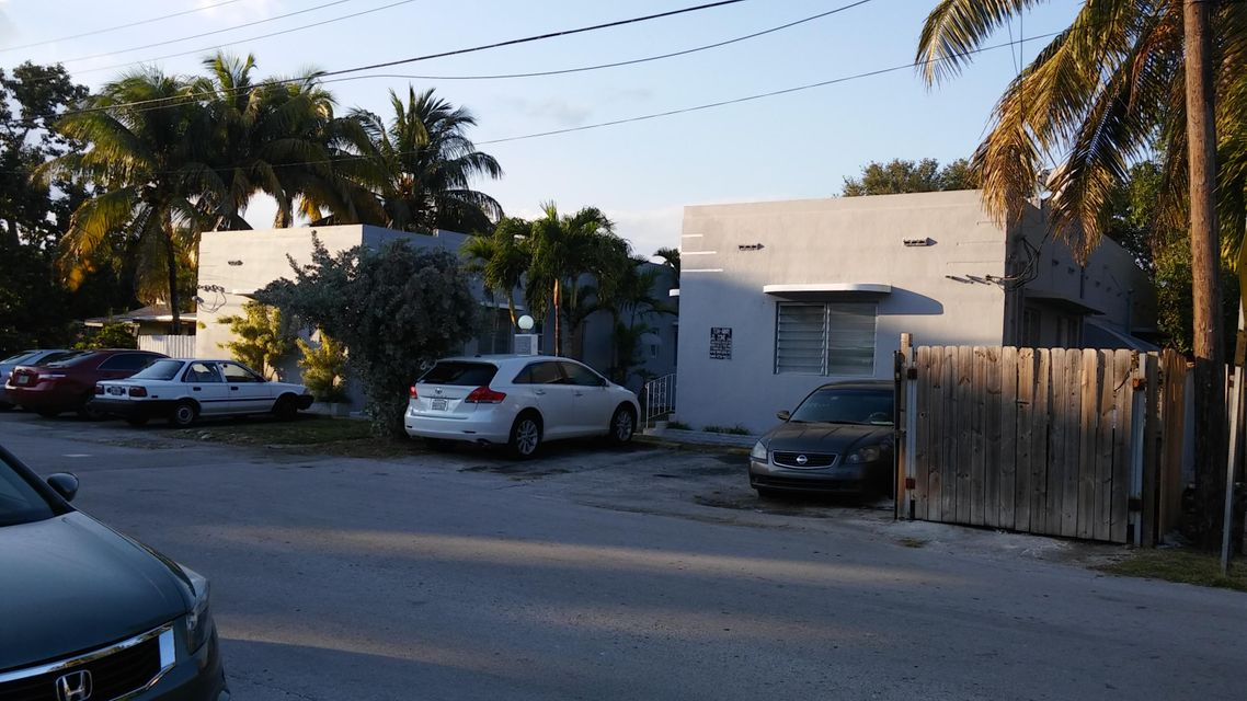 Comercial / Industrial por un Venta en Address not available Miami, Florida 33138 Estados Unidos