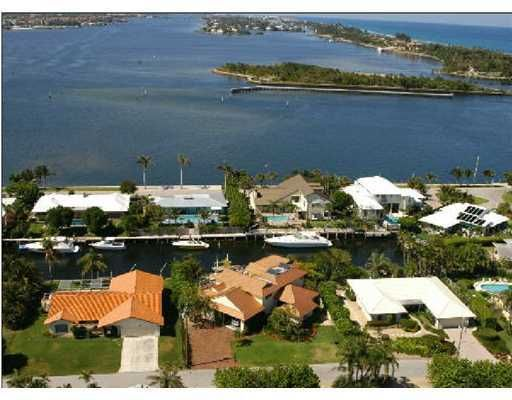 Additional photo for property listing at 125 Marlin Drive  Ocean Ridge, Florida 33435 United States