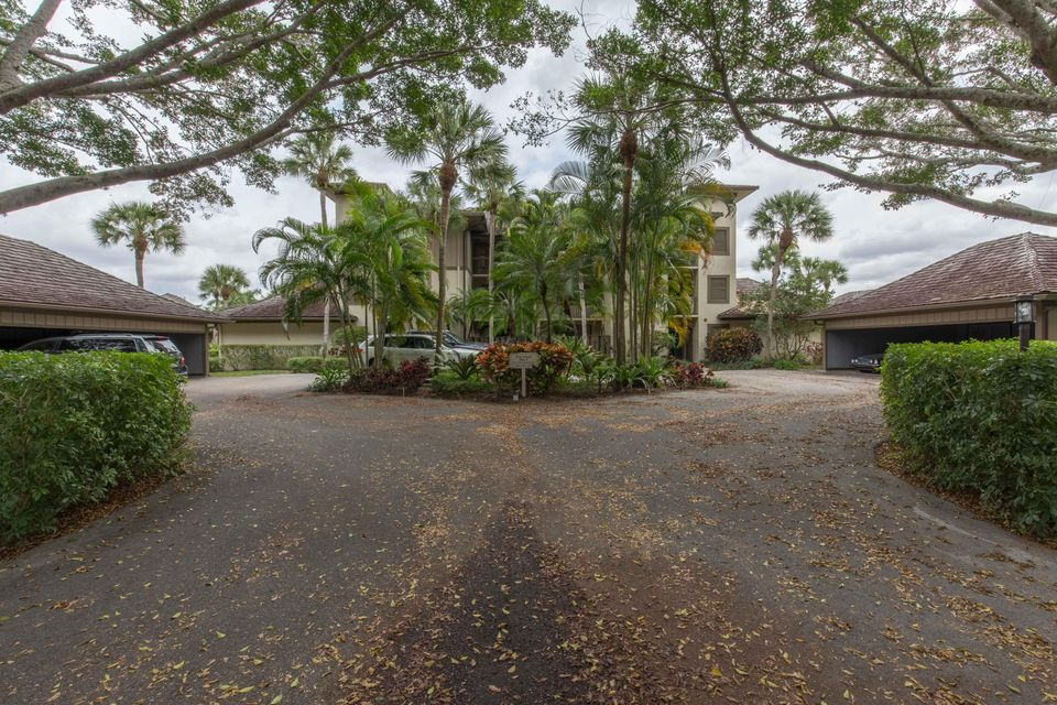 2770 Polo Island Drive B301, Wellington, FL 33414