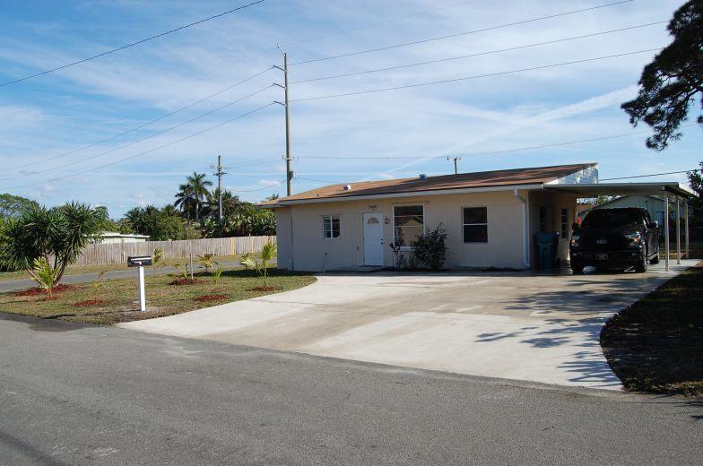 824 NW 4th Avenue, Boynton Beach, FL 33426