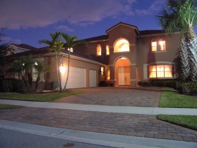 247 Sedona Way, Palm Beach Gardens, FL 33418