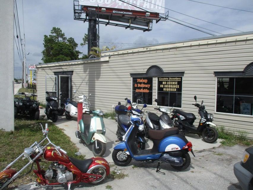 Additional photo for property listing at 7320 S Us Highway 1  Port St. Lucie, Florida 34952 Estados Unidos