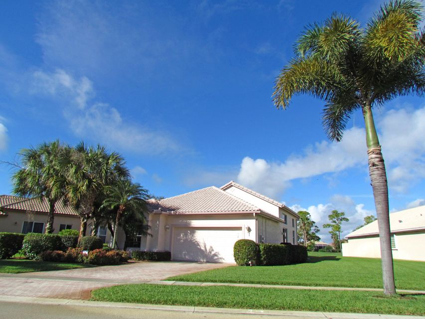 5533 Fountains Drive S 5533, Lake Worth, FL 33467