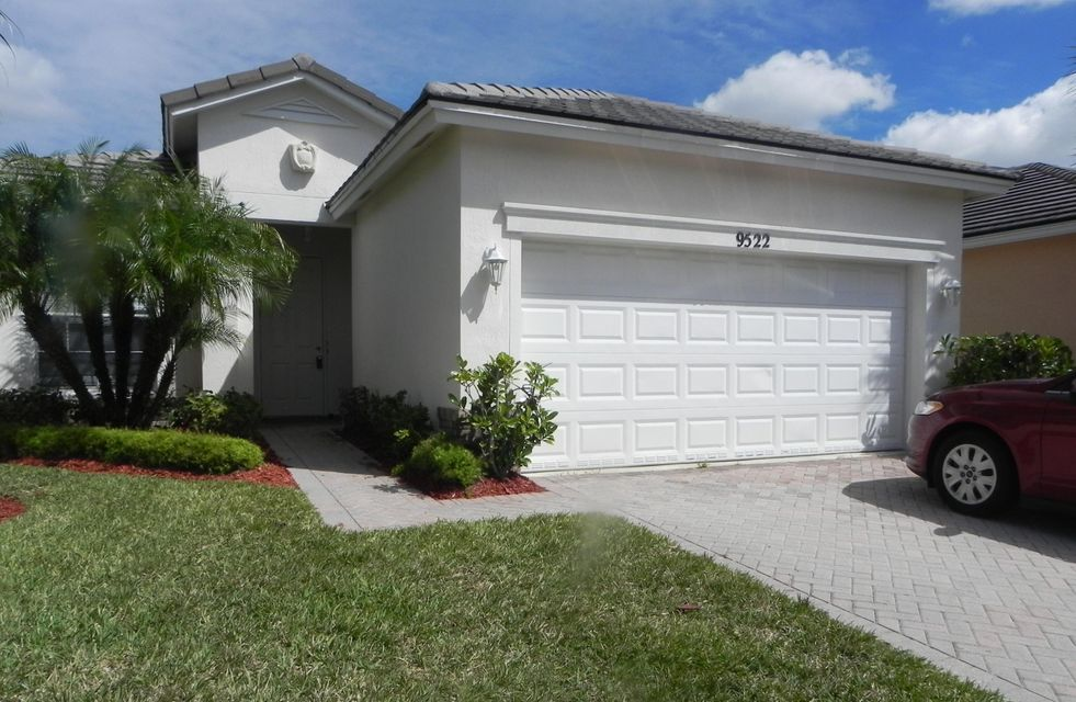 9522 SW Flowermound Circle, Port Saint Lucie, FL 34987