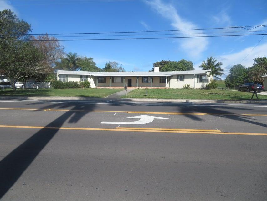 1221 Bacom Point Road, Pahokee, FL 33476