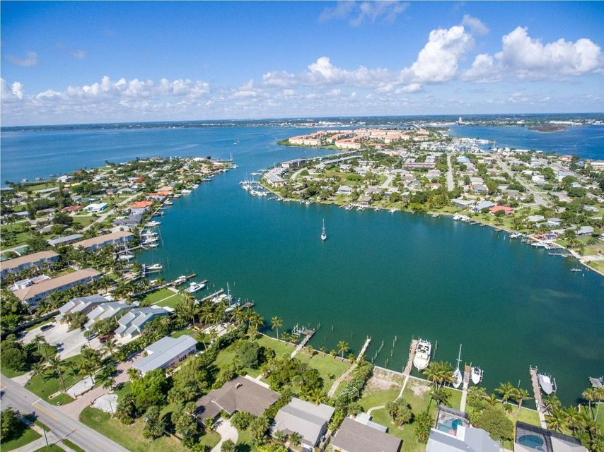 Additional photo for property listing at 355 S Ocean Drive  Fort Pierce, Florida 34949 United States