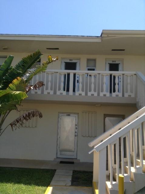2181 NE 1st Court 203, Boynton Beach, FL 33435