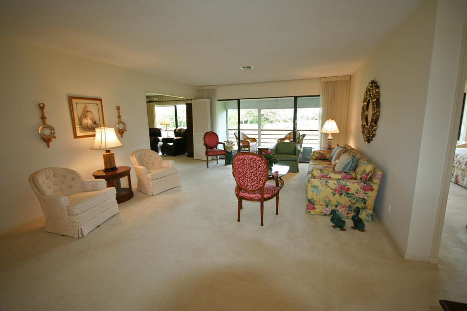 Additional photo for property listing at 3700 Quail Ridge Drive N  Boynton Beach, Florida 33436 Estados Unidos