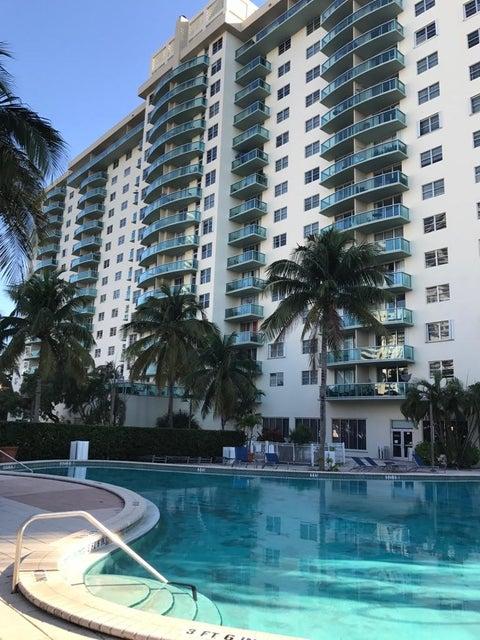 19390 Collins Avenue 804, Sunny Isles Beach, FL 33160