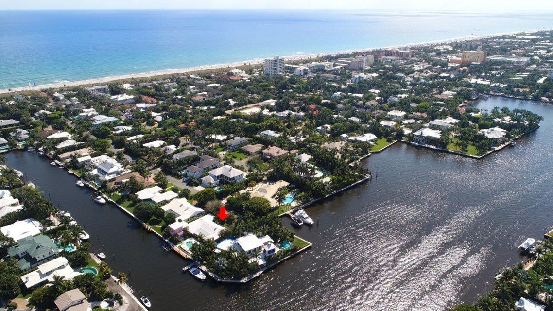 Additional photo for property listing at 1011 Beach Drive 1011 Beach Drive Delray Beach, Florida 33483 États-Unis