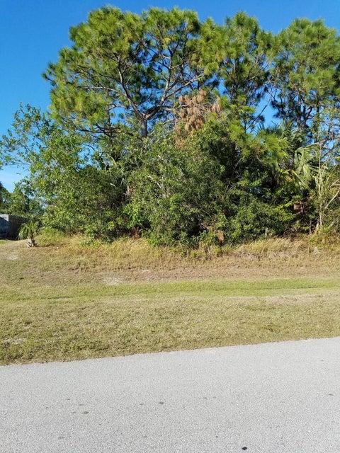 أراضي للـ Sale في 5935 NW Wolverine Road 5935 NW Wolverine Road Port St. Lucie, Florida 34986 United States