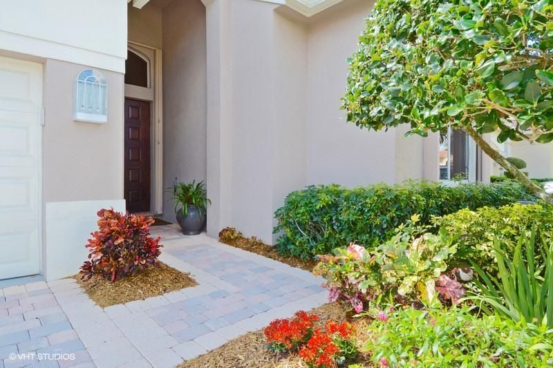 Additional photo for property listing at 10724 Grande Boulevard 10724 Grande Boulevard West Palm Beach, Florida 33412 United States