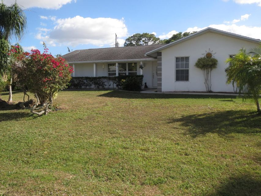 55 W Palm Avenue , Lake Worth FL 33467 is listed for sale as MLS Listing RX-10309923 16 photos