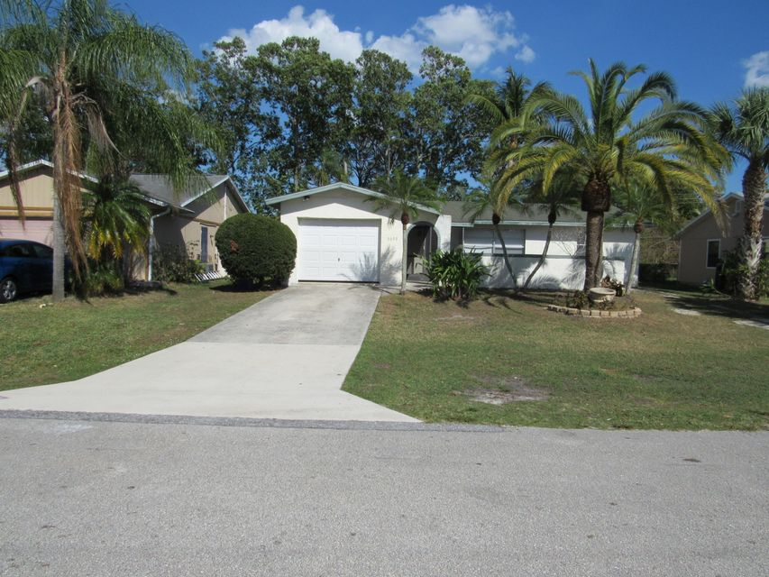 5699 SE Normandy Avenue, Stuart, FL 34997
