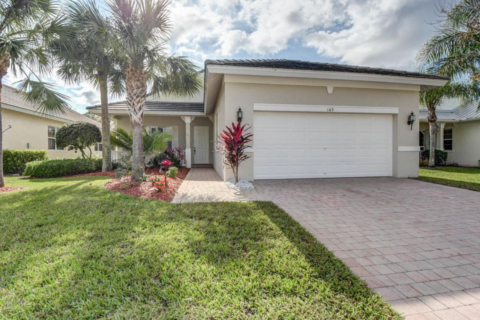 149 NW Willow Grove Avenue, Port Saint Lucie, FL 34986