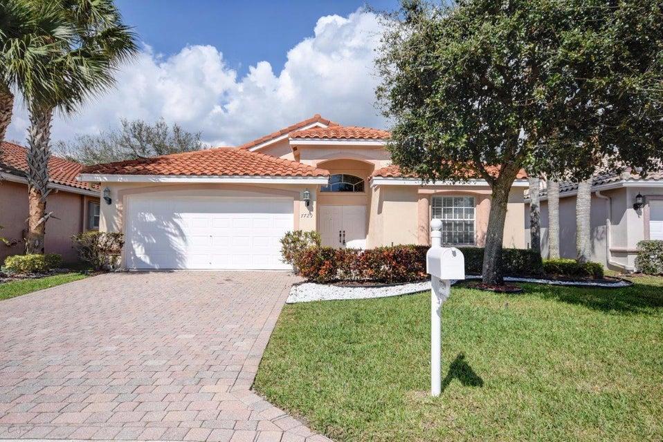 7729 Trapani Lane, Boynton Beach, FL 33472
