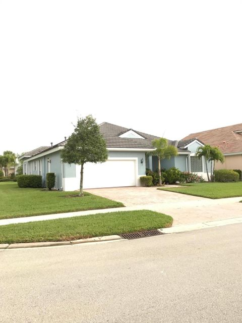 Additional photo for property listing at 120 NW Madison Court 120 NW Madison Court Port St. Lucie, Florida 34986 United States