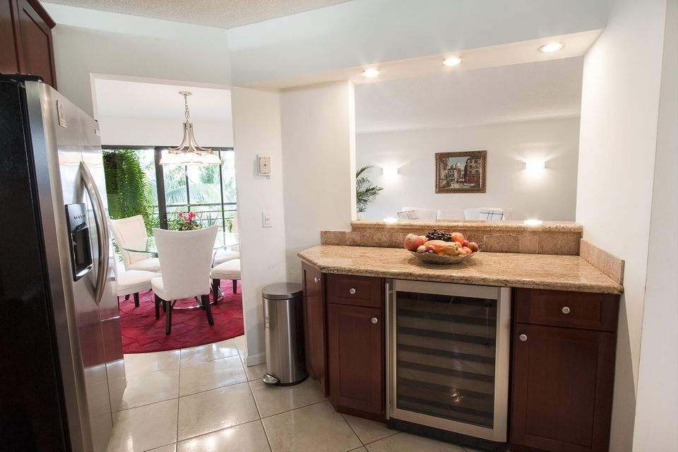 Additional photo for property listing at 5901 Camino Del Sol 5901 Camino Del Sol Boca Raton, Florida 33433 Estados Unidos