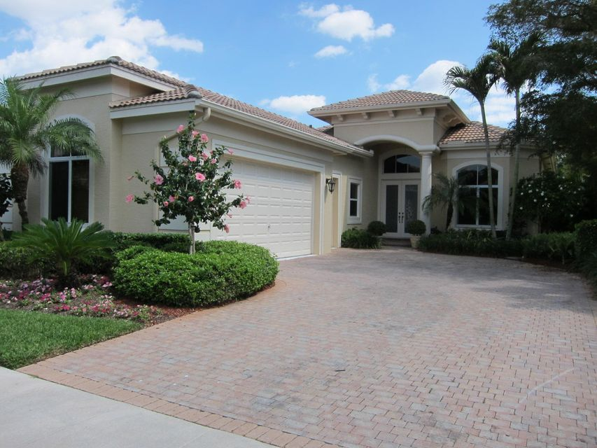 Addison Reserve home on 7689  Villa D Este Way