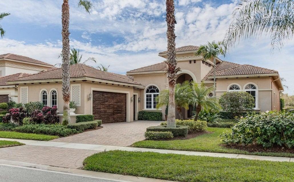 Maison unifamiliale pour l Vente à 10762 Hollow Bay Terrace West Palm Beach, Florida 33412 États-Unis