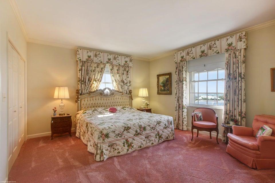016 Bedroom
