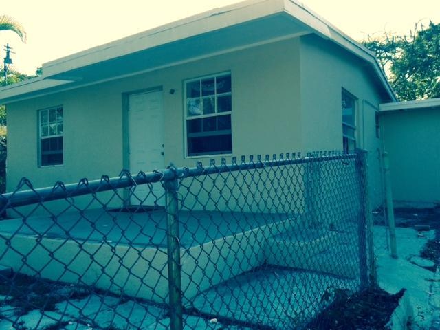 3265 E Palm Drive, Boynton Beach, FL 33435