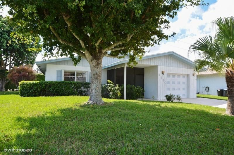 6160 Stanley Lane , Delray Beach FL 33484 is listed for sale as MLS Listing RX-10312131 15 photos