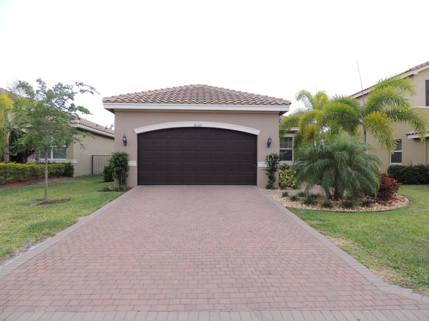 8137 Pinnacle Pass Way, Boynton Beach, FL 33473