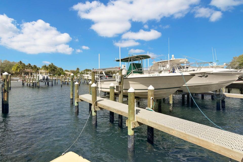 814 Bay Colony Drive With Boats  Juno Beach FL 33408