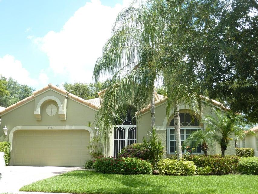 6067 Rossmoor Lakes Court, Boynton Beach, FL 33437