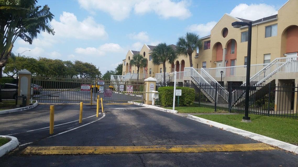 5200 NW 31st Avenue 84, Fort Lauderdale, FL 33309