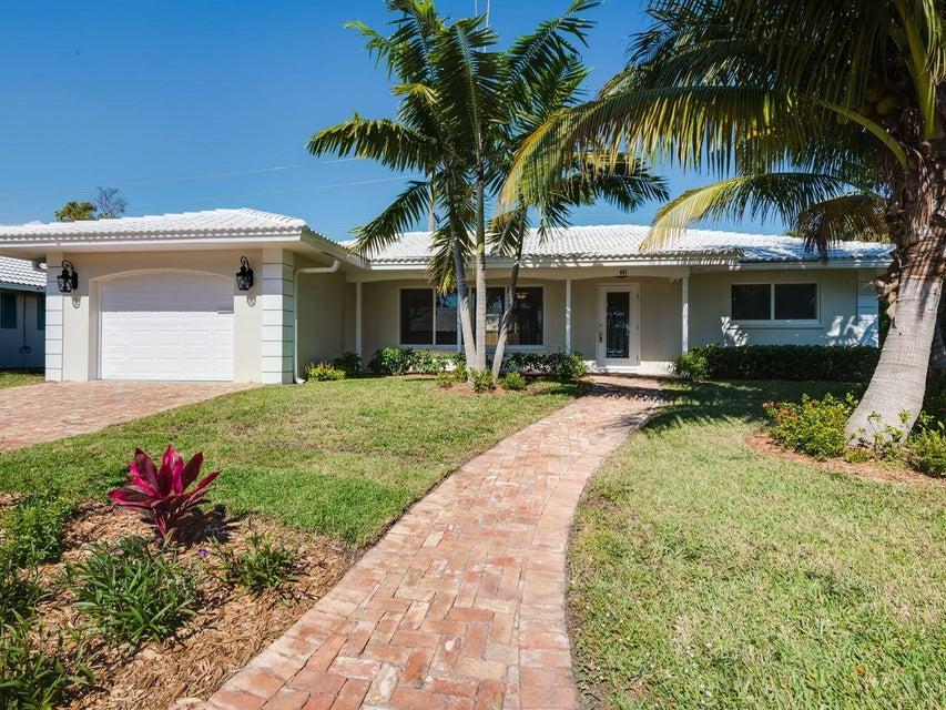 601 Apple Tree Lane, Boca Raton, FL 33486
