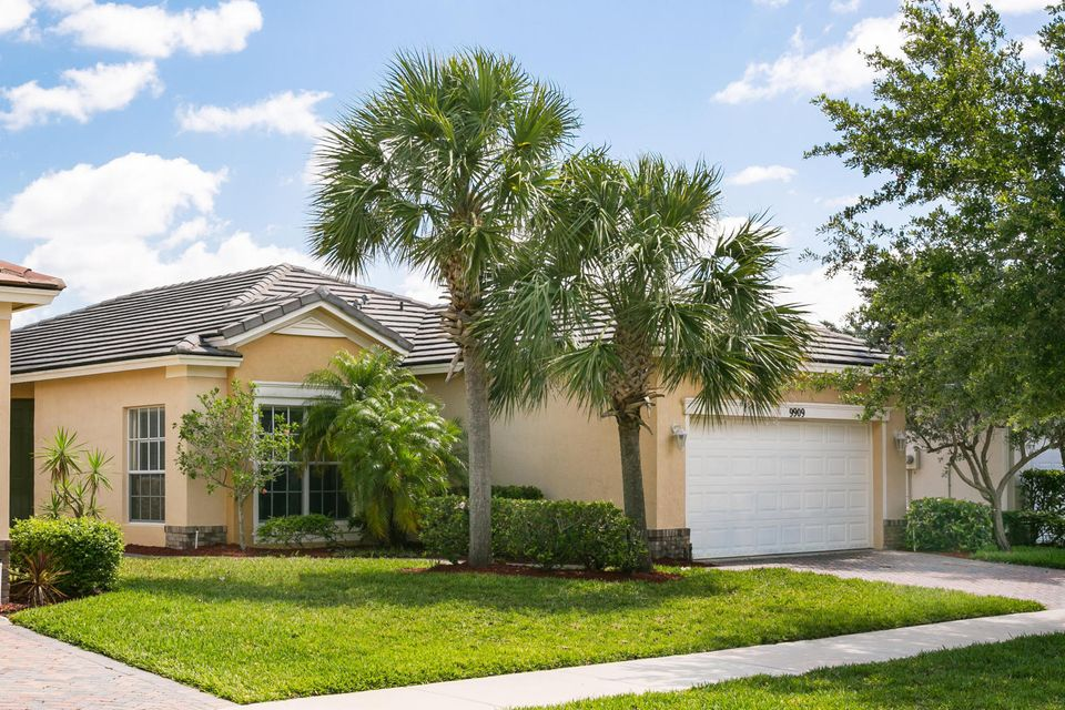 9909 SW Eastbrook Circle, Port Saint Lucie, FL 34987