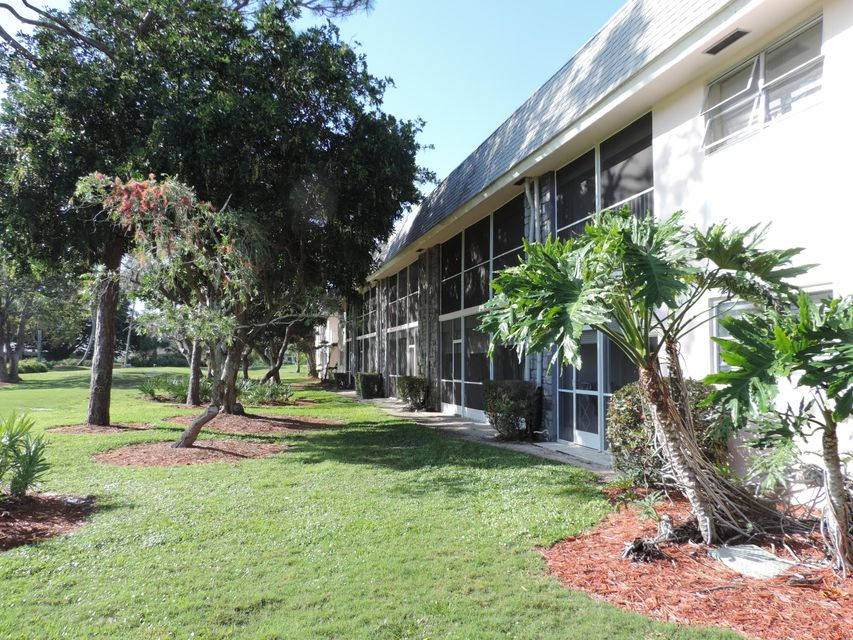 18081 SE Country Club Drive 277, Tequesta, FL 33469