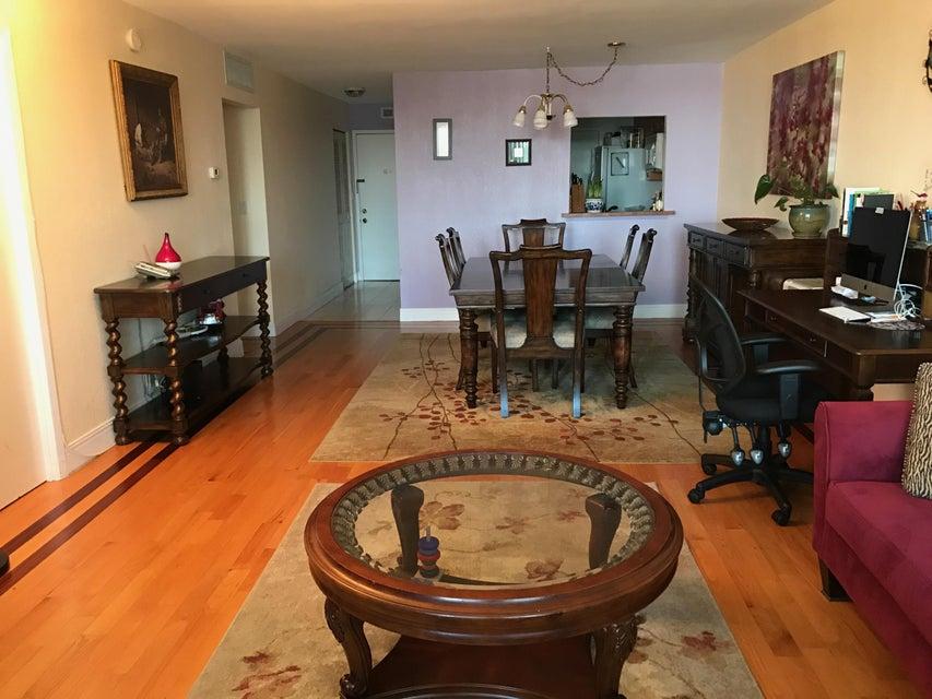 1830 Dixianna Street 302, Hollywood, FL 33020