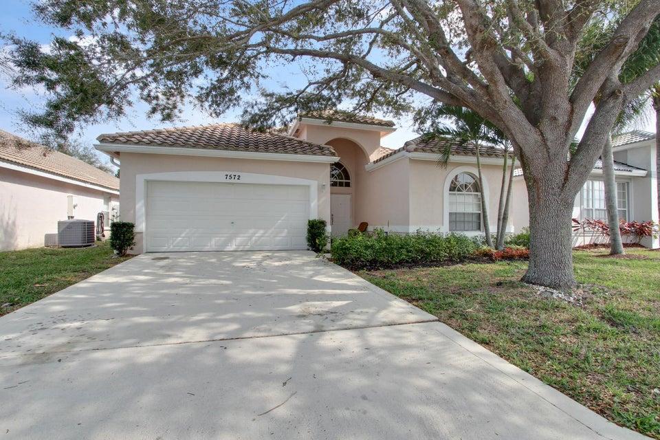 7572 Thornlee Drive, Lake Worth, FL 33467