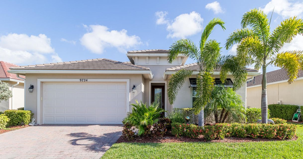 9724 SW Royal Poinciana Drive, Port Saint Lucie, FL 34987