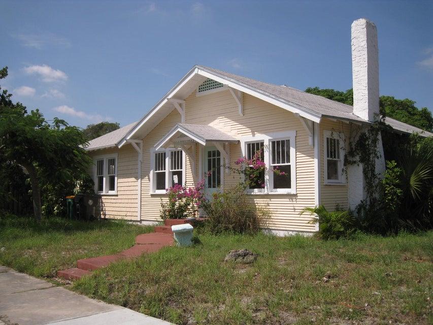 315 S L Street, Lake Worth, FL 33460