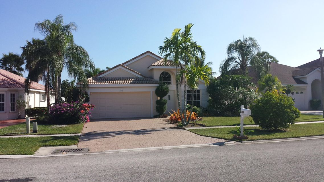 Home for sale in Saratoga  Lakes West Palm Beach Florida