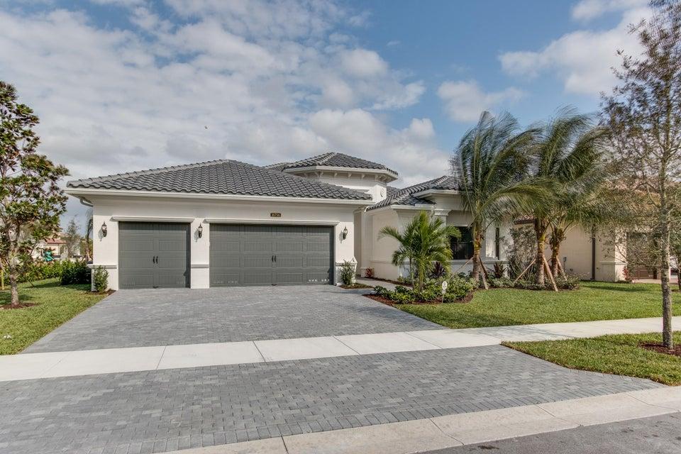 16756 Strasbourg Lane, Delray Beach, FL 33446