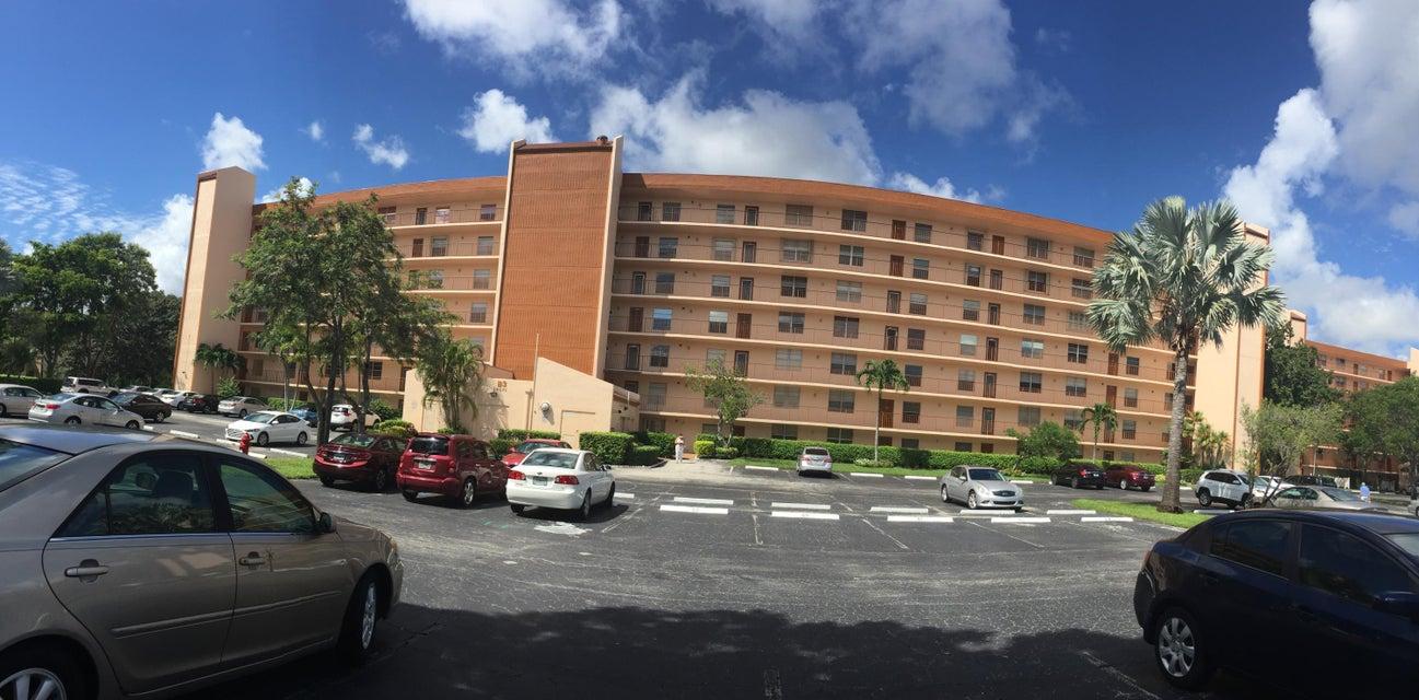 14671 Bonaire Boulevard 403, Delray Beach, FL 33446
