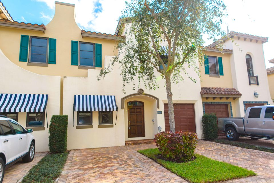 415 Via Villagio, Hypoluxo, FL 33462