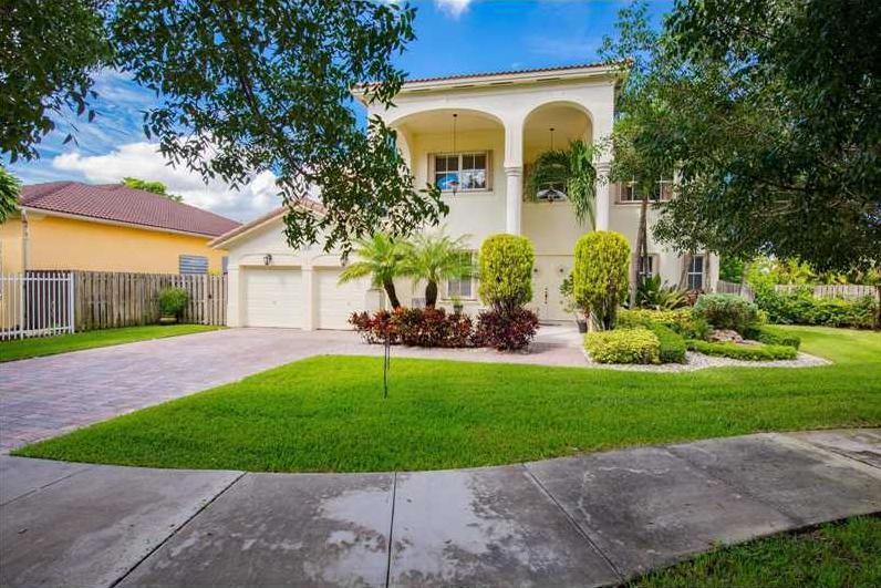 8148 SW 166th Place, Miami, FL 33193