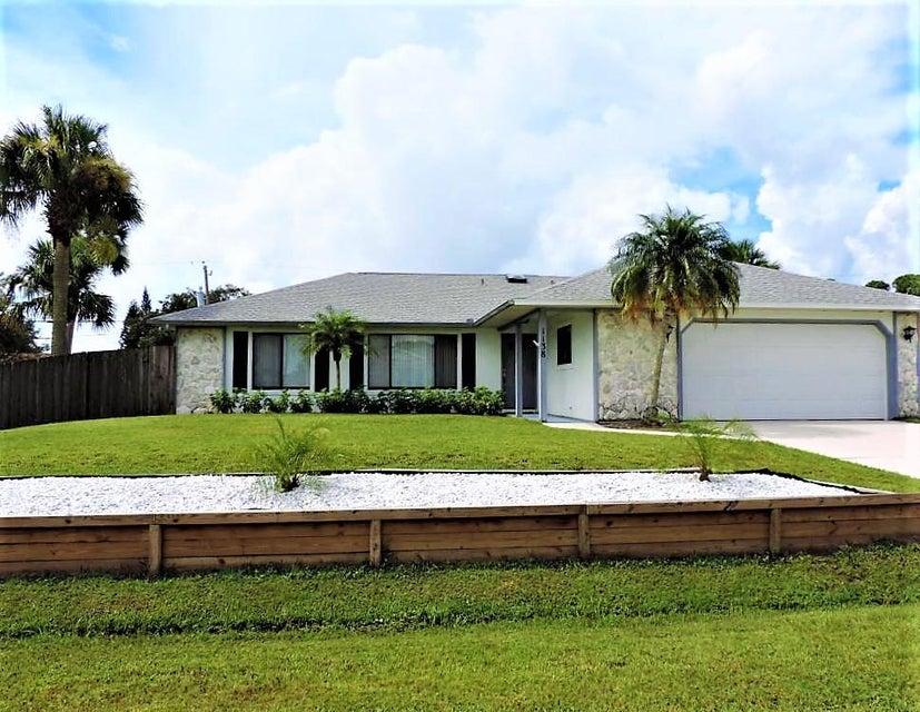 1138 SW Gardena Avenue, Port Saint Lucie, FL 34953