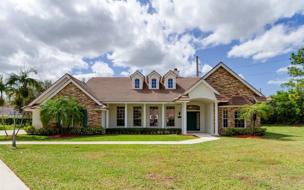 105 Greenbrier Court, Atlantis, FL 33462