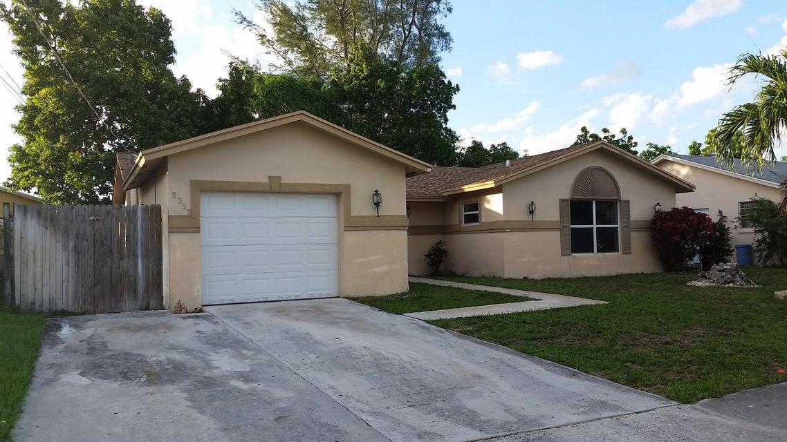 9393 SW 3rd Street, Boca Raton, FL 33428