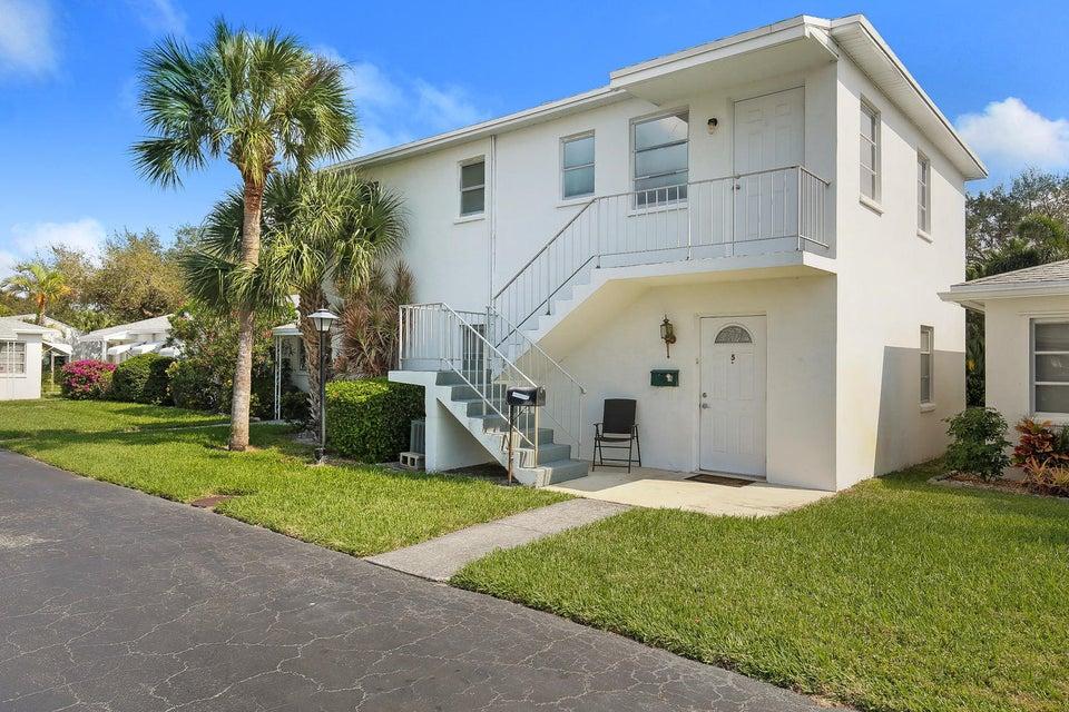 10084 Meridian Way N 6, Palm Beach Gardens, FL 33410